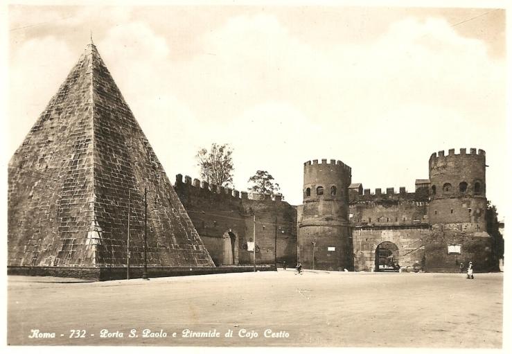 Porta San Paolo y Pirámide de Cestio