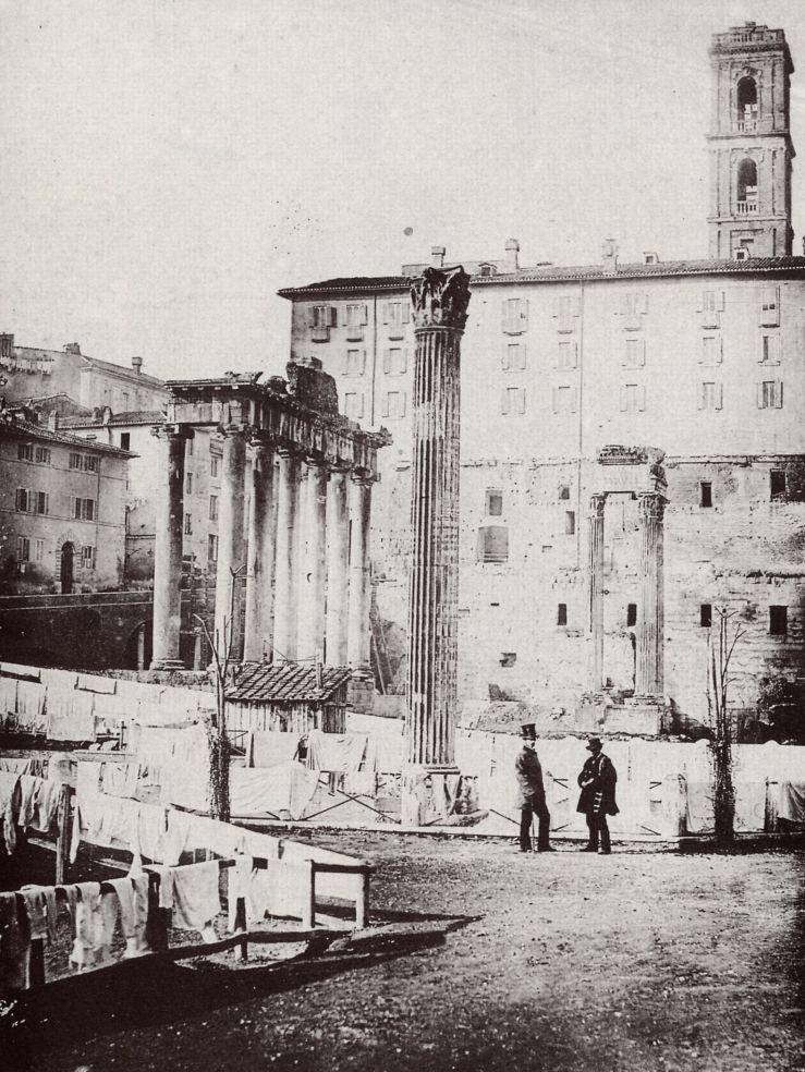Ropa tendida en el Foro Romano 1858