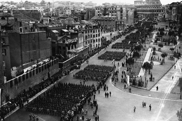 Via dell'Impero desfile 1932